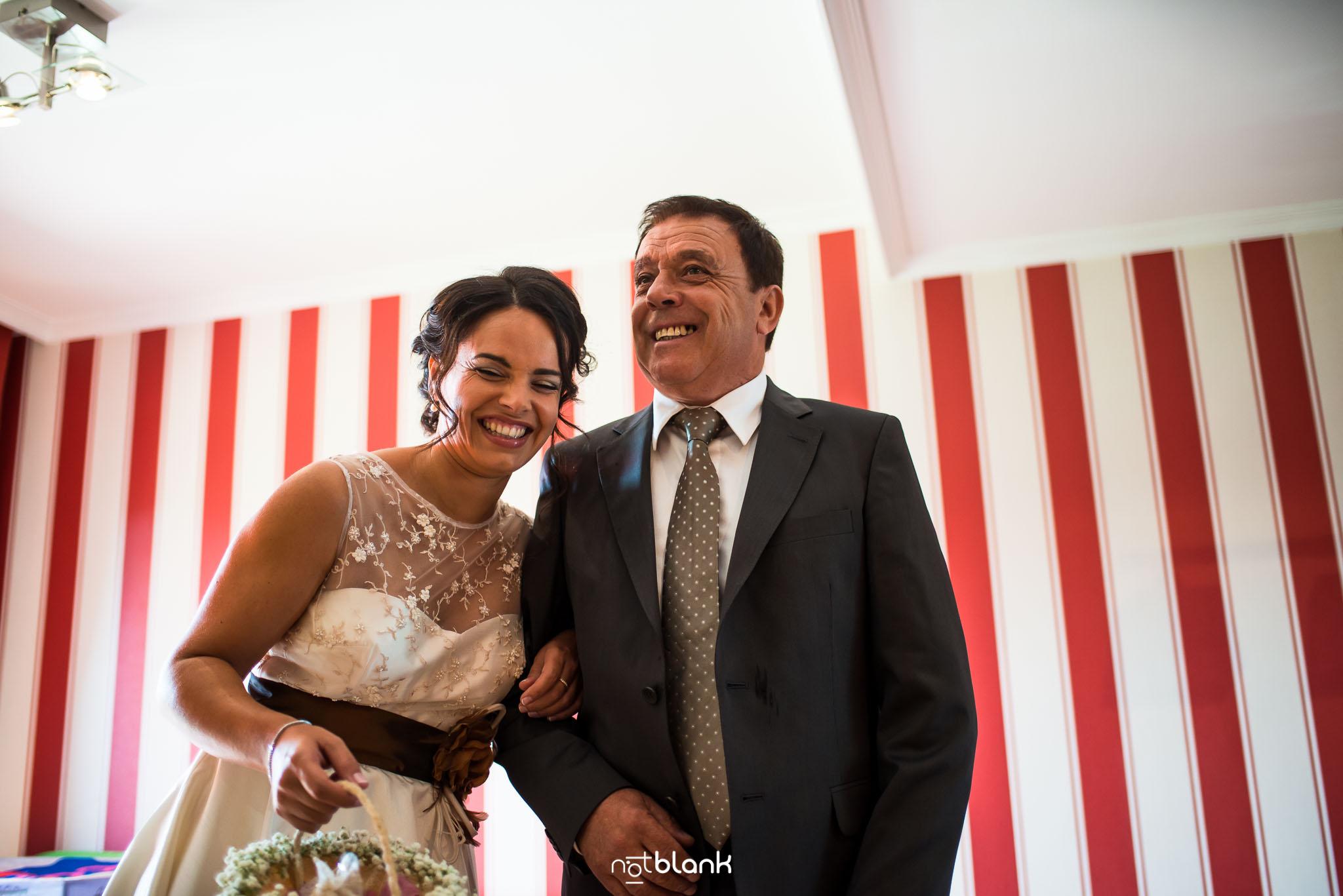 Preparativos-Tui-Novia-Fotógrafo de boda-Padre-Padrino-Casa de la novia
