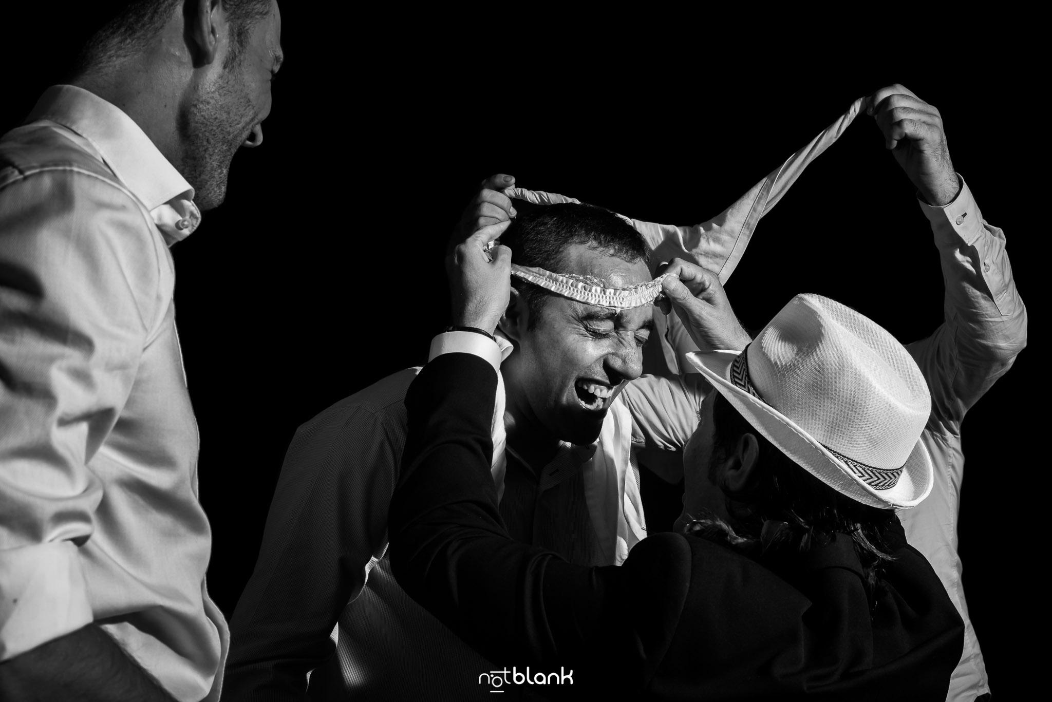 Notblank-Fiesta-Fotógrafo de boda-Liga-Novio-Mondariz-Balneario