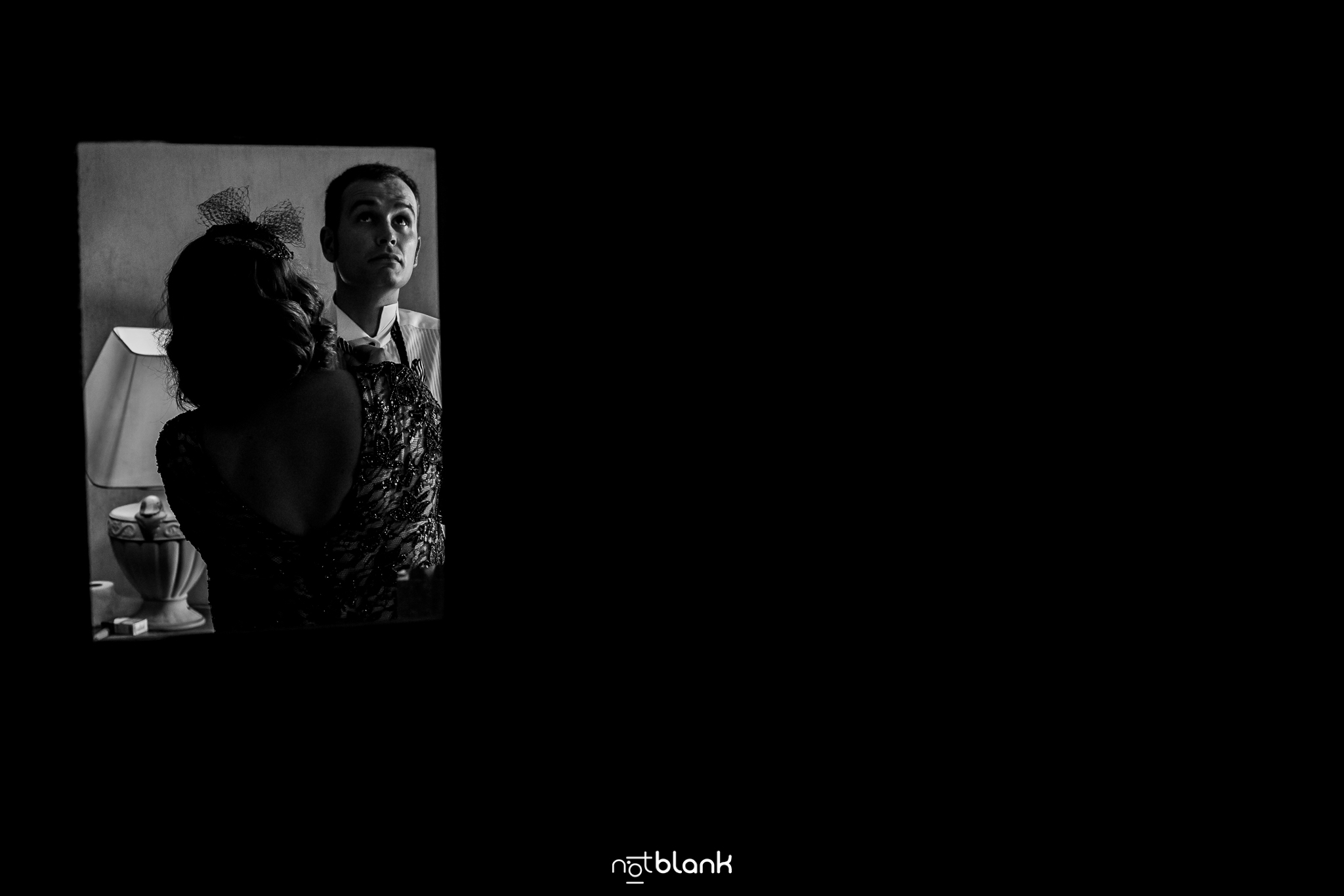 Notblank-Boda Tematica-Star Wars-Malaposta-Portugal-Fotógrafo de boda-Corbata-Preparativos-Madre-Madrina