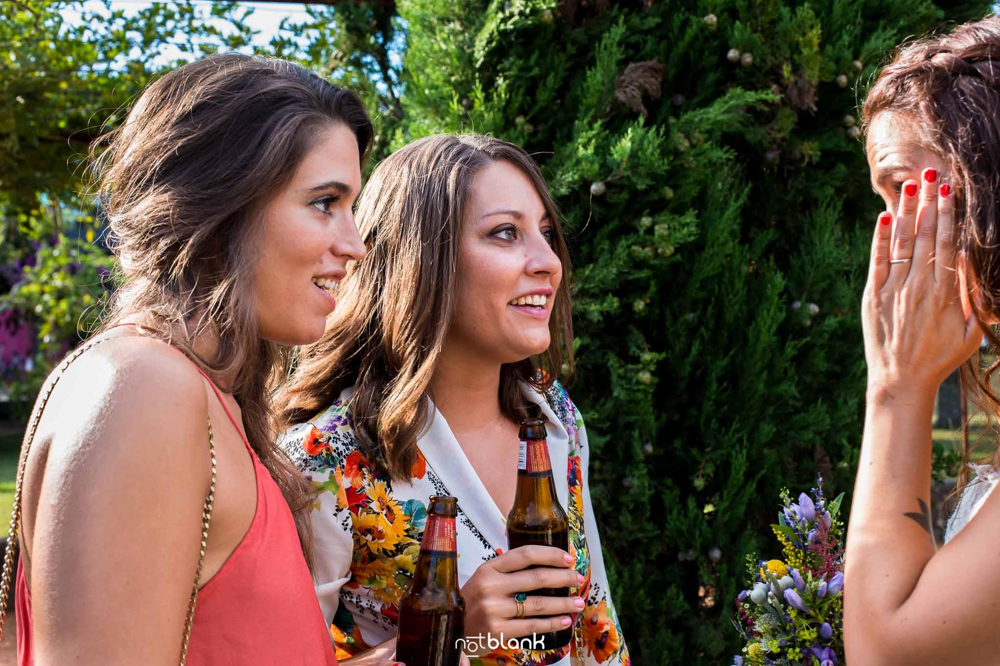 Notblank-Boda Tematica-Star Wars-Malaposta-Portugal-Fotógrafo de boda-Invitados-Emoción-Sonrisa-Cerveza