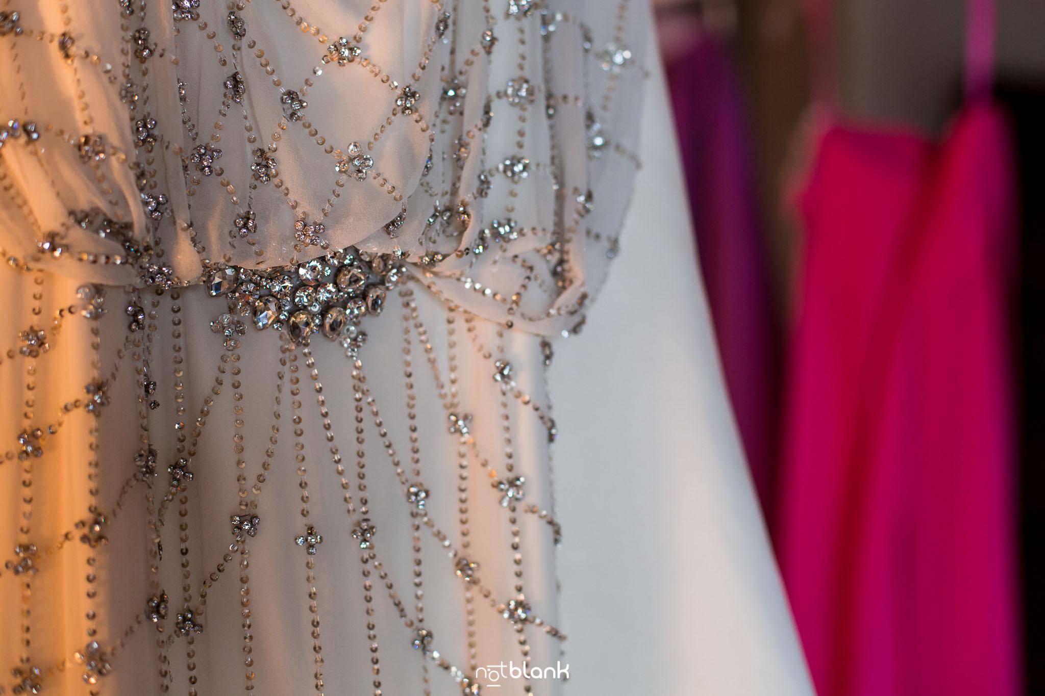 Boda Parador Baiona-Bayona-Fotógrafo de boda-Vestido-Novia-Brillantes-Anna Campbell