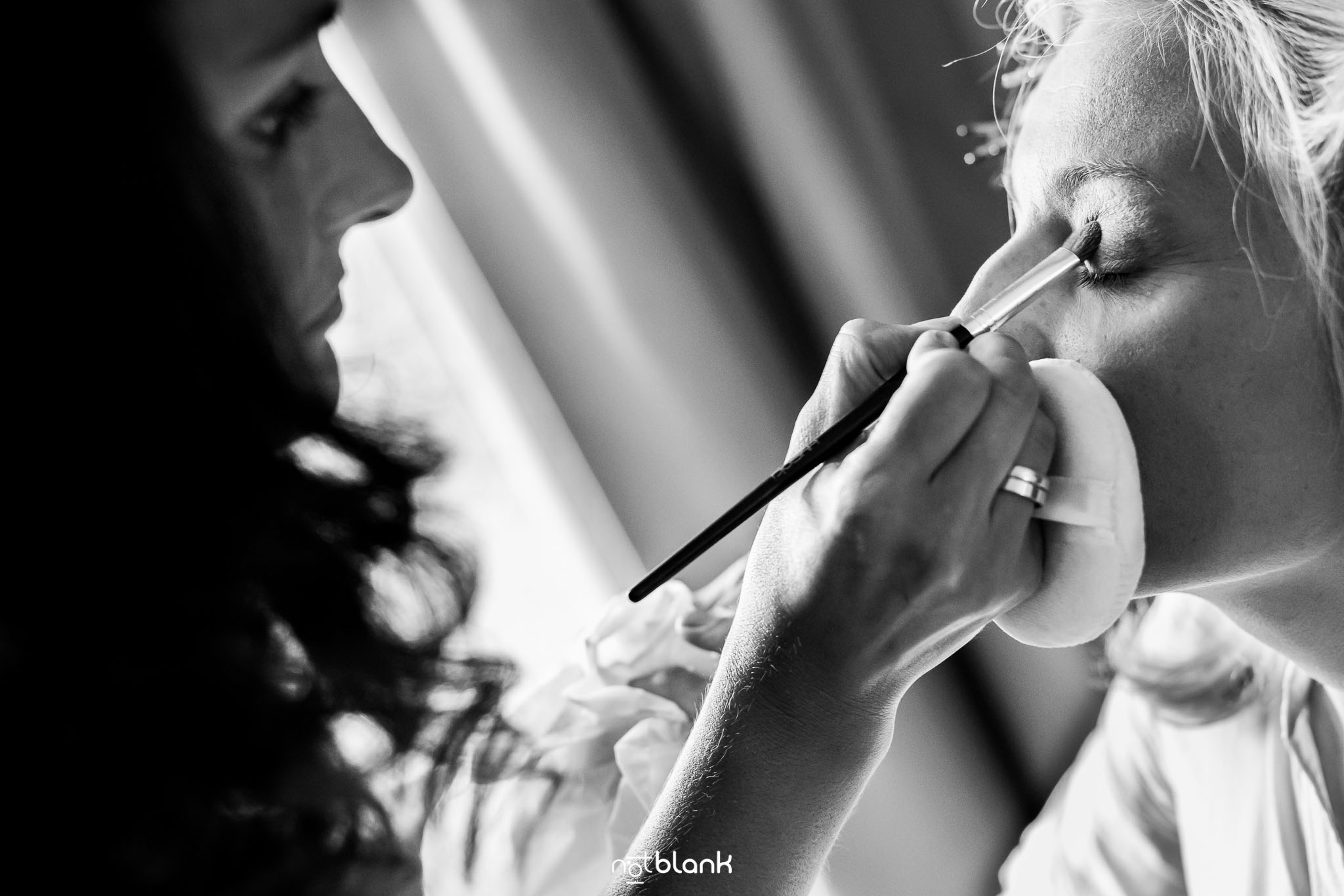 notblank-boda-Fotógrafos-de-boda-Parador Baiona-Bayona-Maquillaje-Maquilladora-Novia-Preparativos
