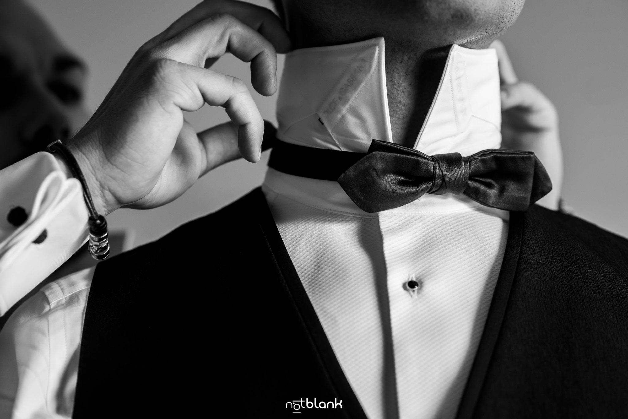 Boda Parador Baiona-Bayona-Fotógrafo de boda-Novio-Preparativos-Detalles-Dolce&Gabbana-Hugo Boss
