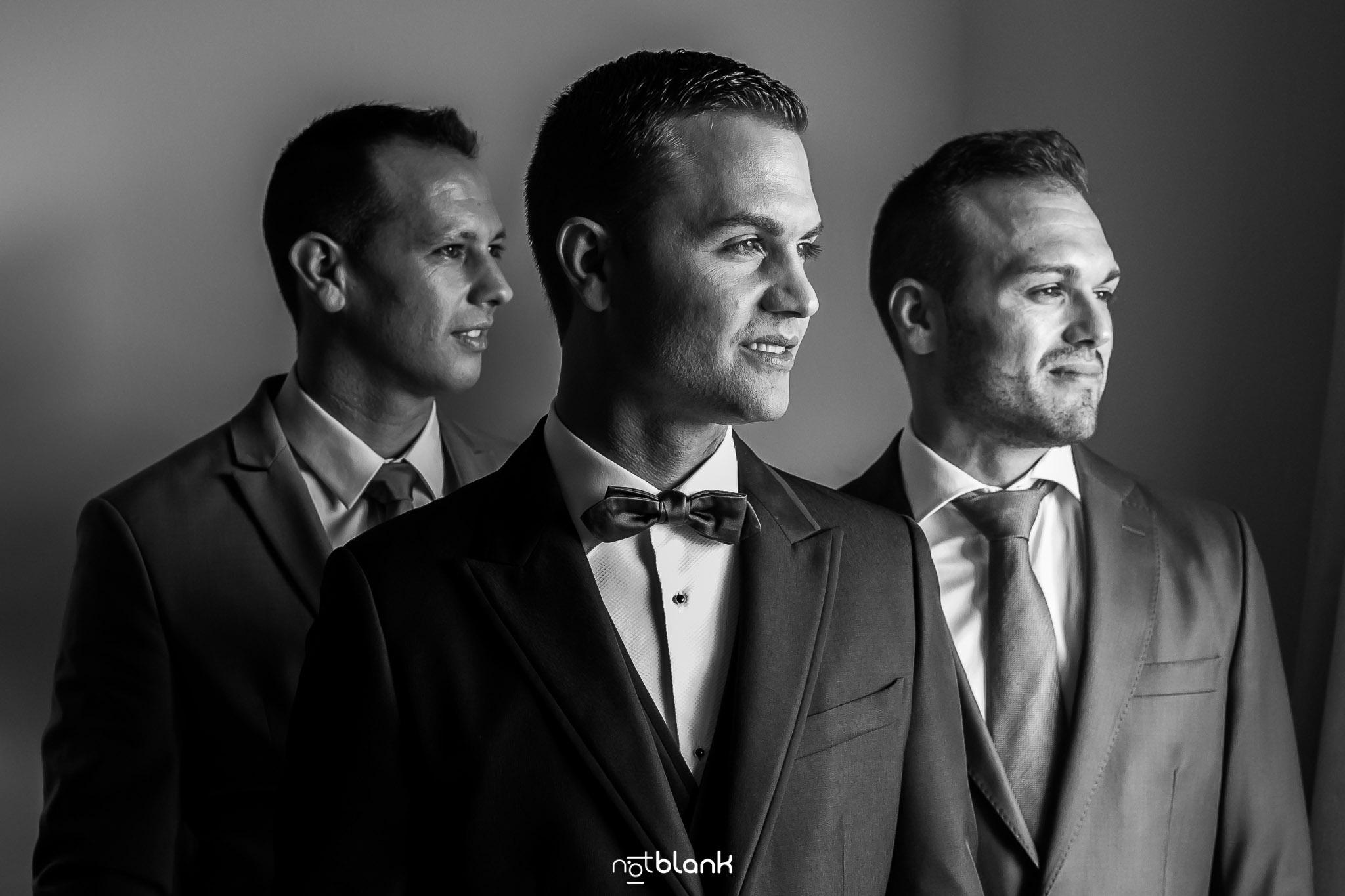 notblank-boda-Fotógrafos-de-boda-Parador Baiona-Bayona-Retrato-Novio-Hermano-Primo