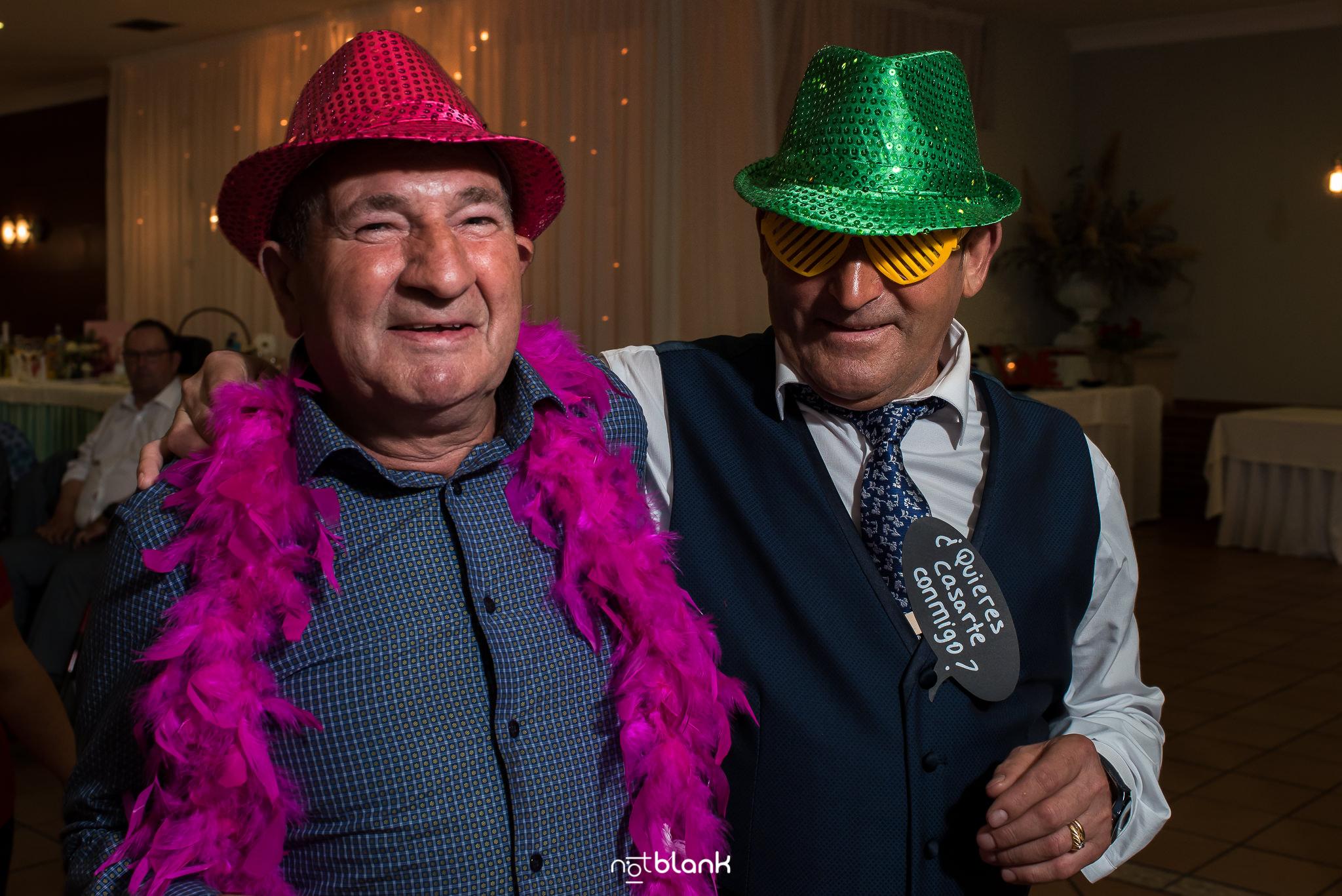 Reportaje fotográfico de boda de la Pareja Jessica y Rubén en San Salvador de Budiño y Casa Juan en O Rosal, realizado por los fotografos de boda de Pontevedra Notblank