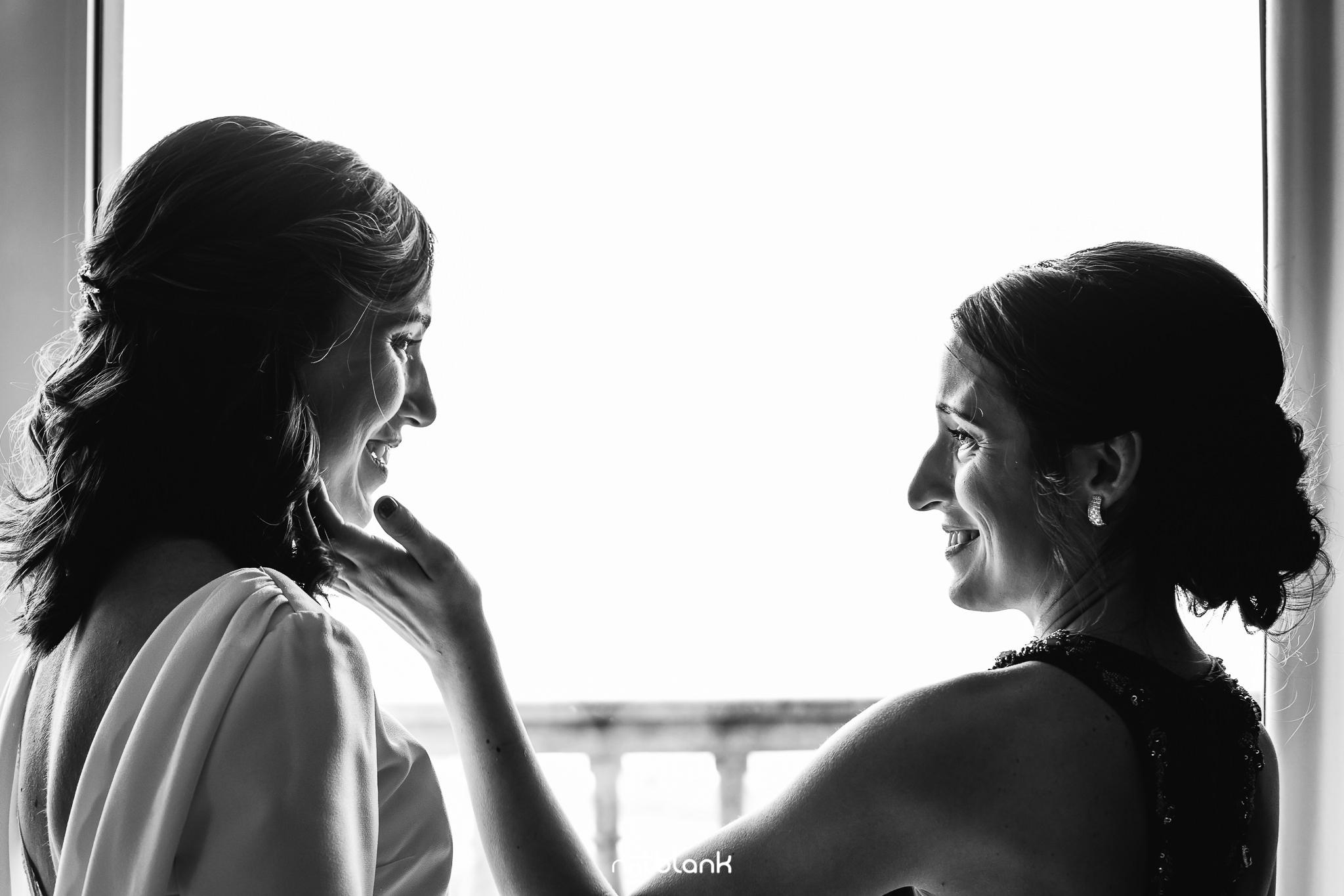 Boda de Conchi y Rubén en La Guardia. Reportaje realizado por Notblank Fotografos de boda.