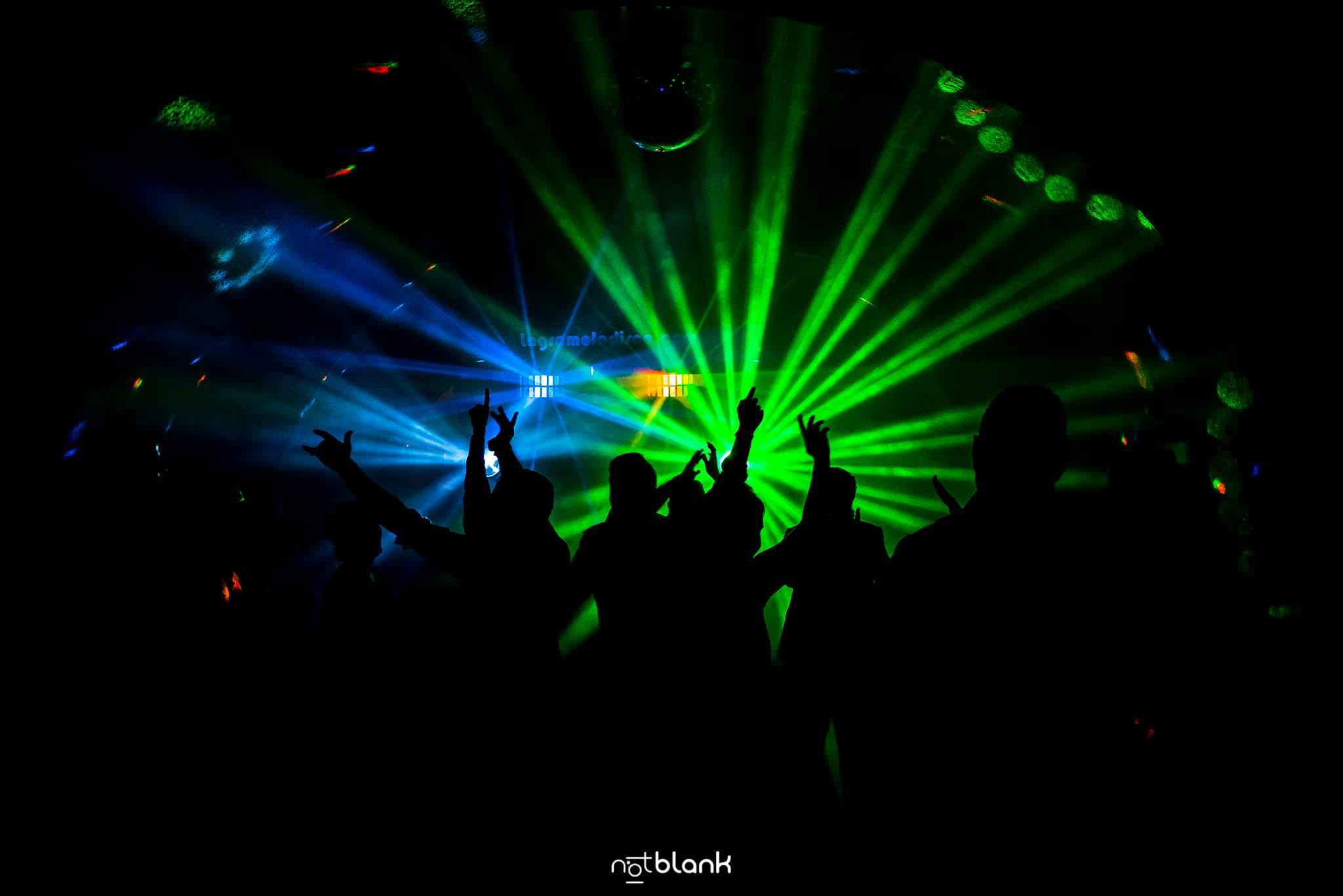 Elegir El Dj De Tu Boda | La Gramola Disco Movil