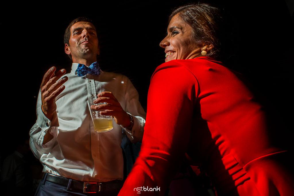 Elegir El Dj De Tu Boda | Pareja Bailando Feliz En Pazo El Castriño